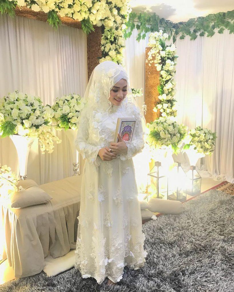 tips memilih kebaya pengantin muslim