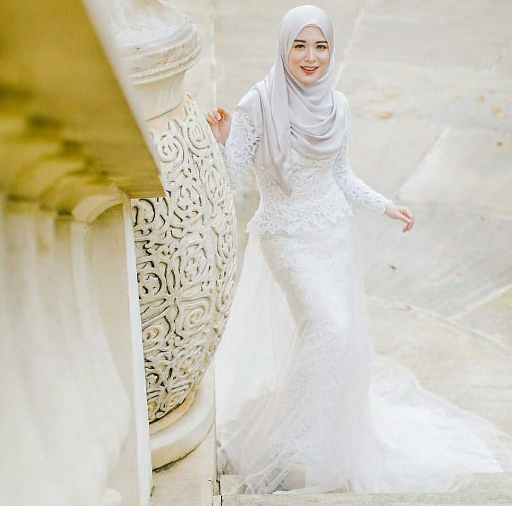 tips memilih warna gaun pengantin