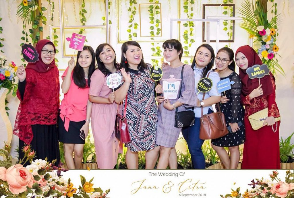 harga photobooth wedding yogya